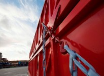 Tycan® chains with Dyneema® replace steel chains for lashing cargo